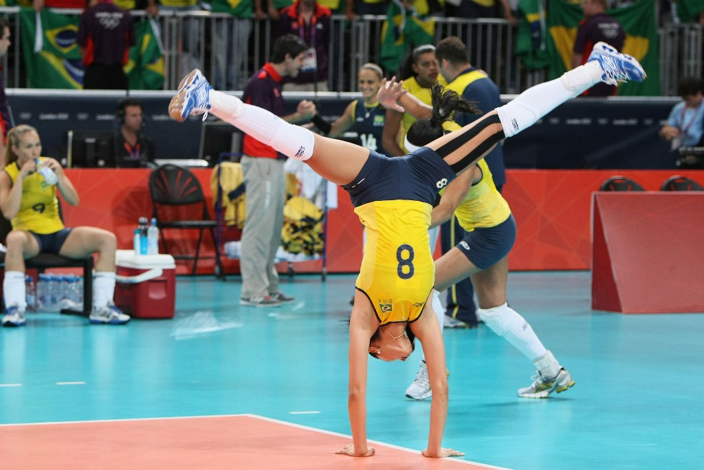 Бразилия – япония 3 0 25 18 25 15 25 18